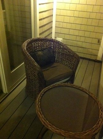 Grand Harbor Inn: balcony seating