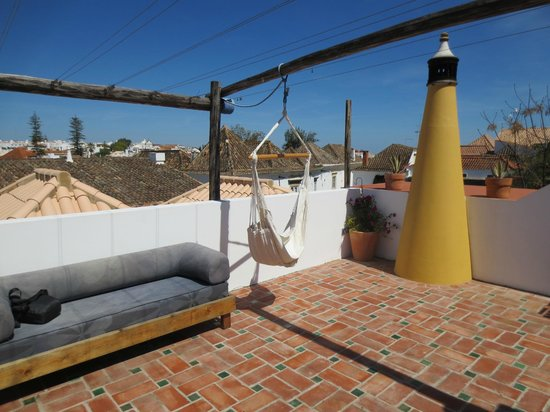 Calcada Guesthouse: The terrace
