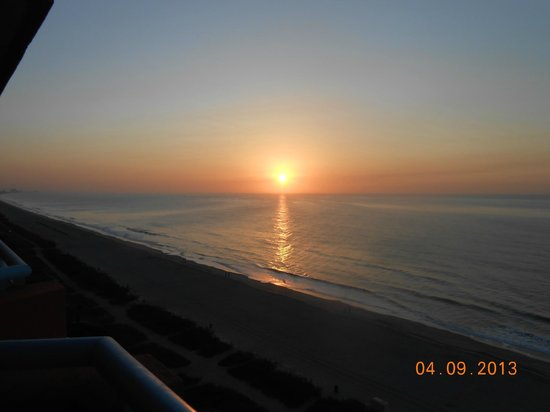 Roxanne Towers: Sun rise from our balcony