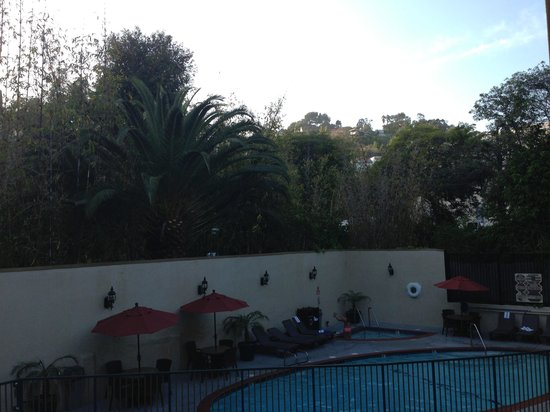 BEST WESTERN Hollywood Plaza Inn: Pool