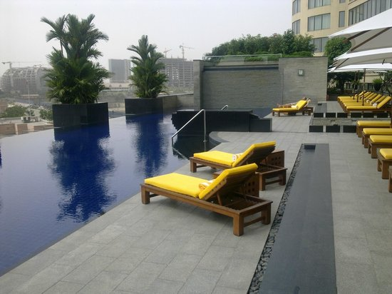 Trident, Bandra Kurla, Mumbai: Swimming Pool
