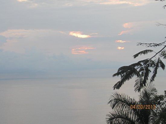 Tulemar Bungalows & Villas: beautiful sky