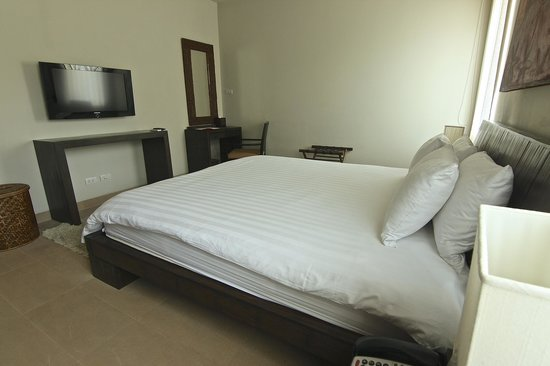 Serenity Resort & Residences Phuket: First Bedroom