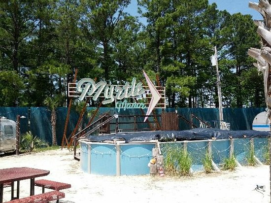 Coral Beach Resort & Suites: Myrtle Manor visit