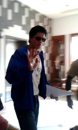 The Silver Tips Munnar: King khan at lobby