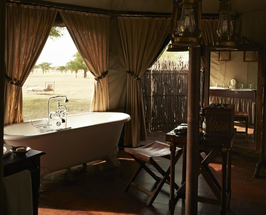 Singita Sabora Tented Camp: A bath with a view!