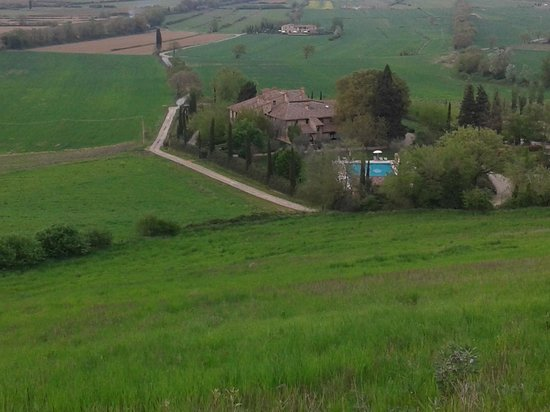 Borgo al Cerro: vista dalla collina
