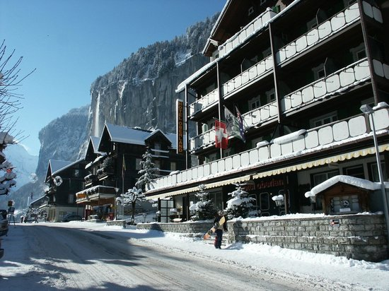 Hotel Oberland: Hotel in Winter
