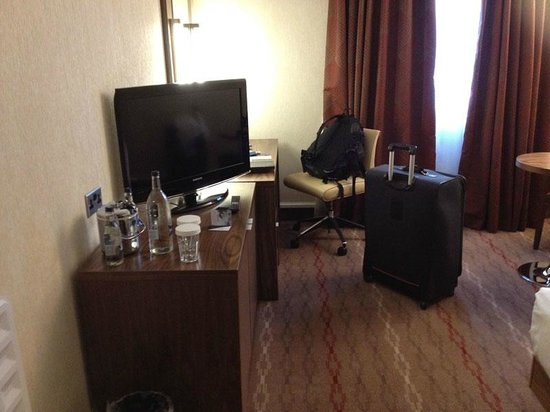 Hilton Edinburgh Airport: Quarto