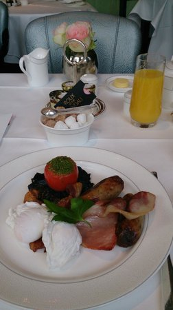 The Langham, London: English Breakfast at ROUX
