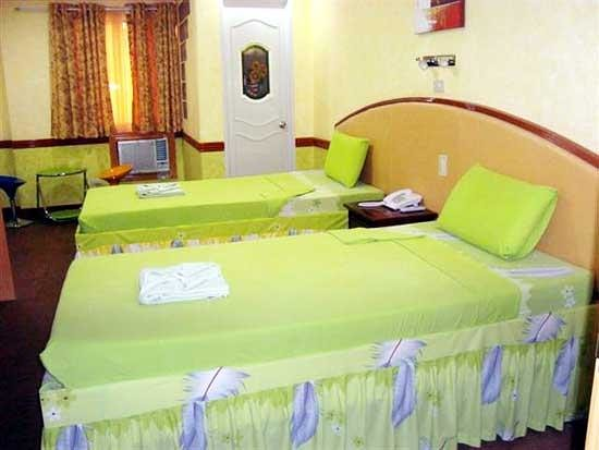 Photo of C & L Suites Inn Dumaguete
