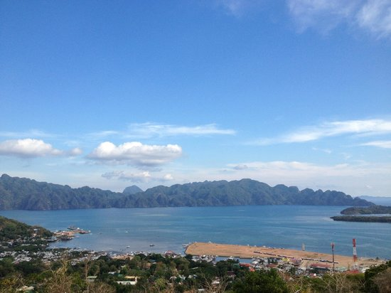 Busuanga, : Top view from Mt. Tapyas