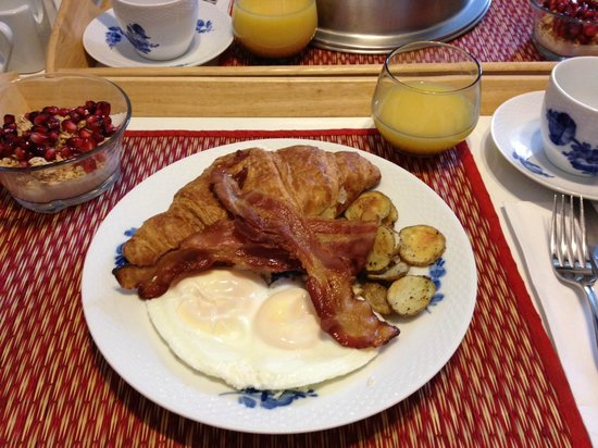 Auberge de Mon Petit Chum B&B: A delicious start to the day!