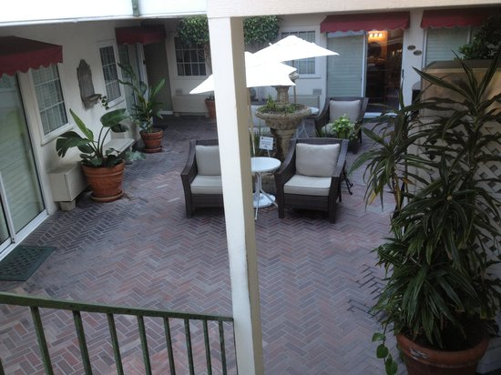 Hotel Villa Portofino : Courtyard 