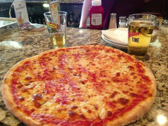 Woodbridge,  : Pizza and beer