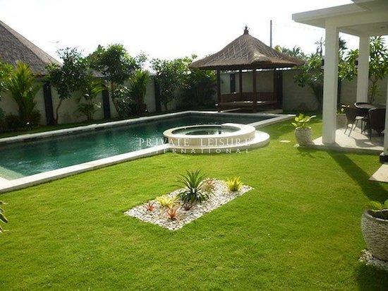 Agung Canggu Villa