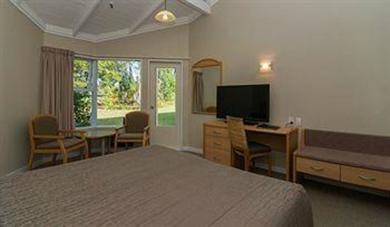 Copthorne Hotel & Resort Bay of Islands: Standard room with Garden View