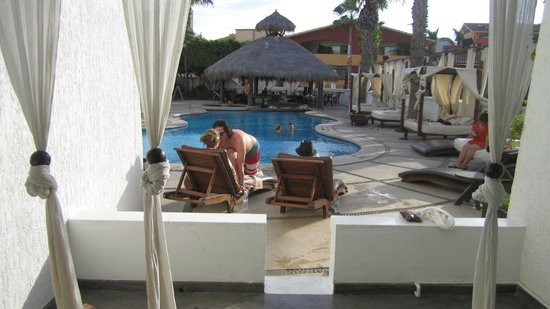 Bahia Hotel & Beach Club: best location