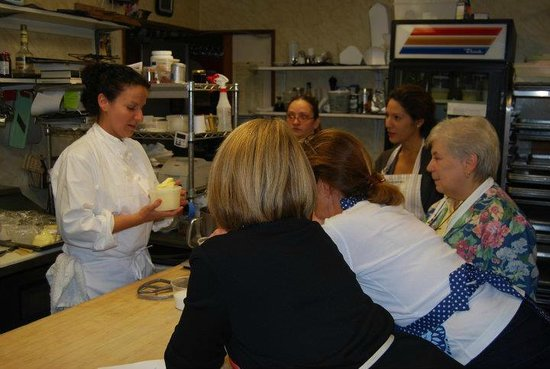 Lee, MA: a baking class for customers