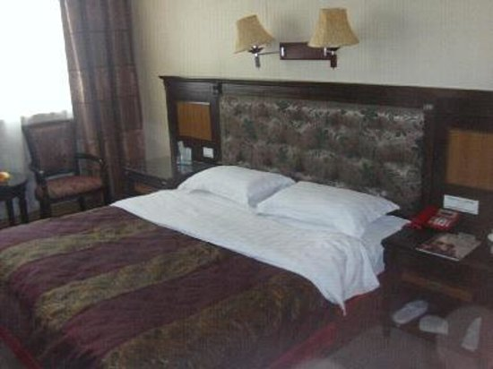 Yangquan hotels