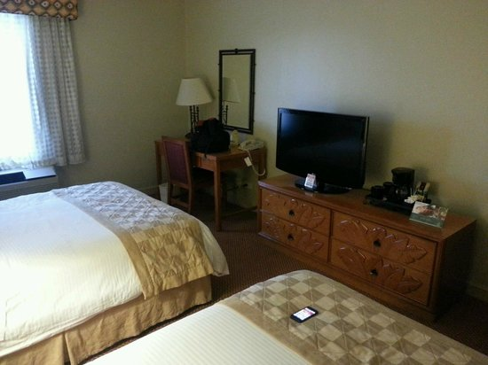 Quality Hotel Real San Jose : Small room but nice enough for one night