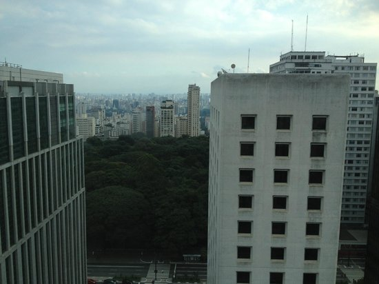 Blue Tree Towers Paulista: Vista do quarto 2408