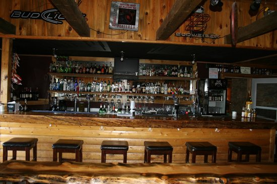 Red Feather Lakes, CO: Bar