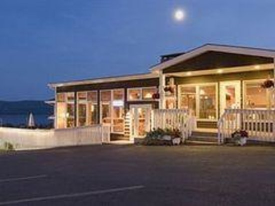 Baddeck Riverside Bed & Breakfast