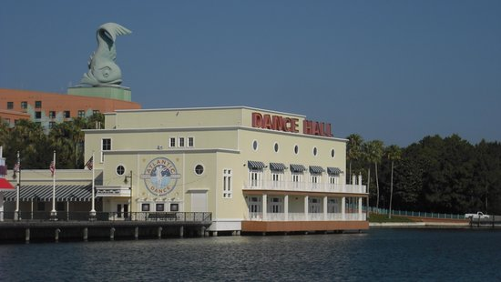 Disney&#39;s Boardwalk Inn: Dance Hall