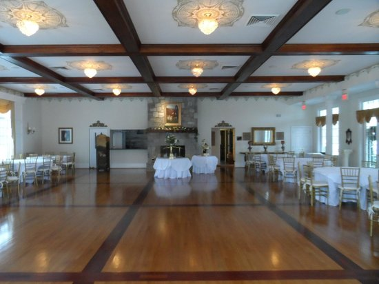 Black Horse Inn: Ballroom