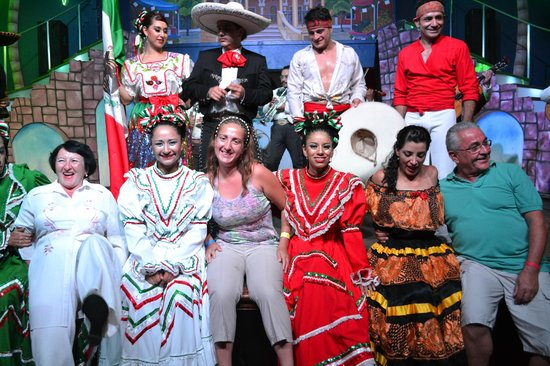 Riu Yucatan Playacar: teatro