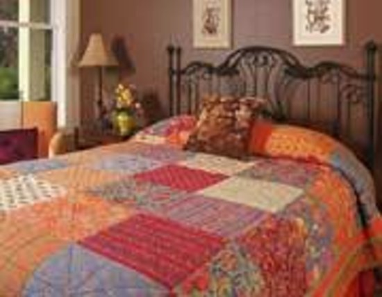 Calico Sunset Bed & Breakfast