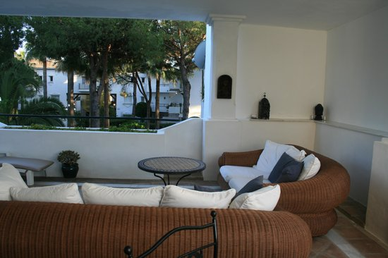Photo of El Presidente Apartments Marbella