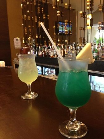 Marival Residences &amp; World Spa: drinks at brunello bar