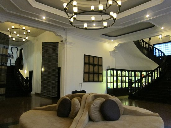 White Mansion Boutique Hotel: Hotel lobby