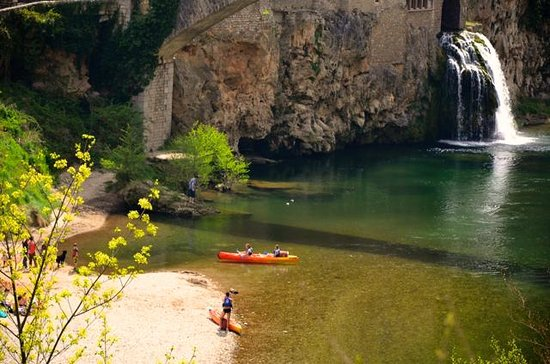 Sainte-Enimie, Francia: River tarn recreation nearby