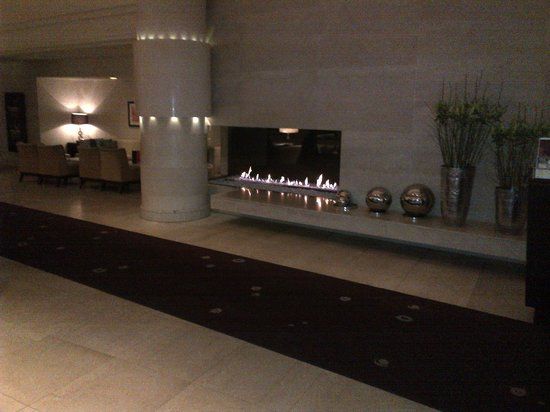 Sheraton Stockholm Hotel: Lobby Area