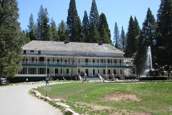 Wawona Hotel : View of the main hotel building