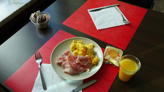 New York Hotel: breakfast