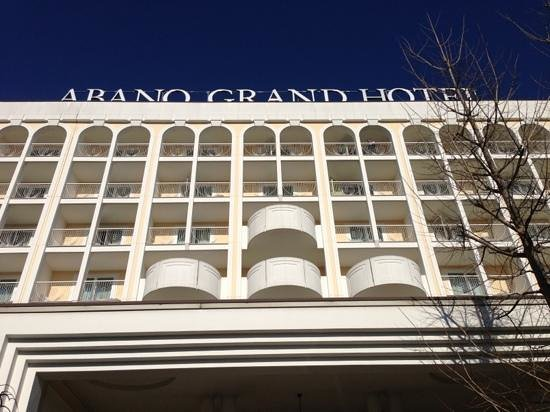 Abano Grand Hotel: davanti dell'hotel