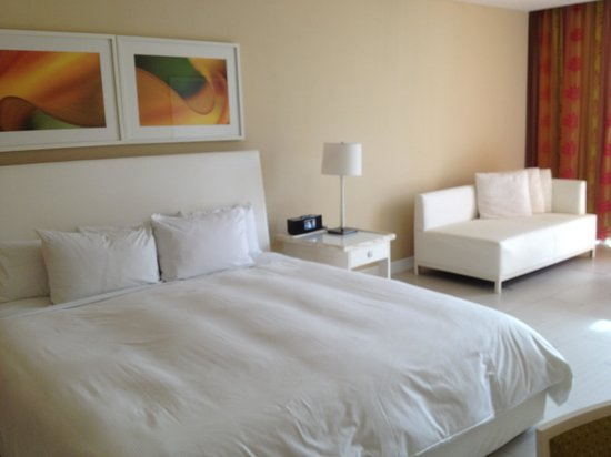 El San Juan Resort & Casino: Standard guest room