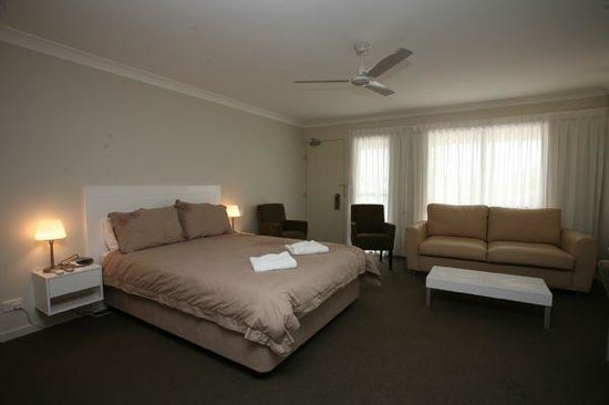 Gold Coast Holiday Park & Motel