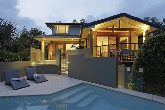 Photo of Beaches Apartments - Byron Bay