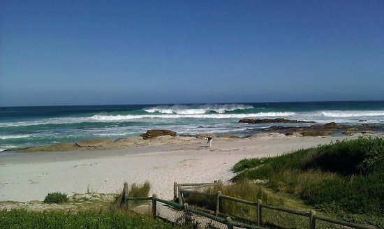 Scarborough, Sør-Afrika: the beach, 5 minute walk away from the lodge