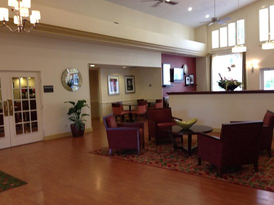Hampton Inn and Suites Bayside Venice : New lobby area