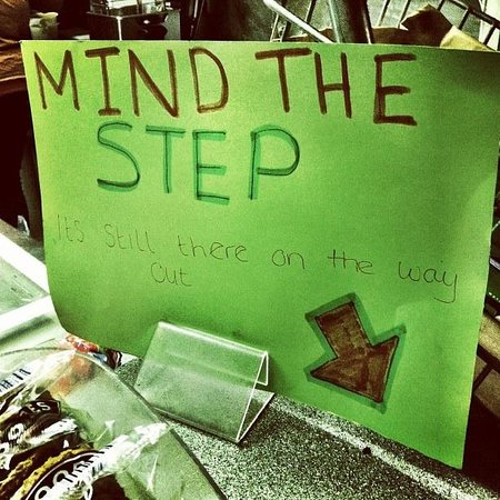 Axminster, UK: Mind the step