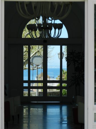 Hotel Mediterraneo Sorrento: Lobby view