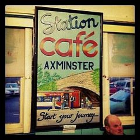 Axminster, UK: Art from the owner of the cafe