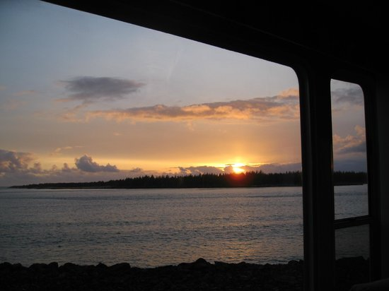 Winchester Bay RV Resort - Sunset from our campsite