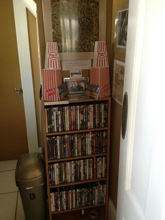 August Seven Inn Luxury Bed and Breakfast: The movie selection at August Seven - have some popcorn!